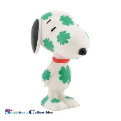 Department 56 Peanuts 4037410 Lucky Shamrock Dog
