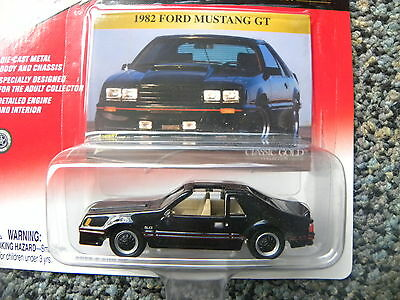 1982 FORD MUSTANG GT  RUBBER TIRES CLASSIC GOLD JOHNNY LIGHTNING JL 1/64 RARE