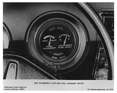 1975 Oldsmobile Cutlass Fuel Economy Meter Photo Poster zch7170
