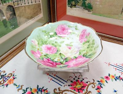 """VINTAGE P&T TIRSCHENREUTH BAVARIA SIGNED ROSES AND DAISY 9 1/2"""" BOWL 1903-1981"""