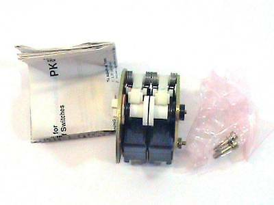 Honeywell DB-RH4 CHC2500 9619 Double Pole / Throw Micro Switch NOS NIB