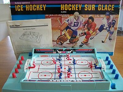 Vintage 1988 Radio Shack Battery Operated ICE HOCKEY Game COMPLETE WORKS