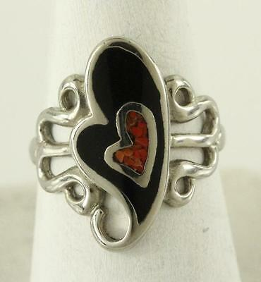 Vintage Costume Jewelry Silver Tone Black Enamel Heart Coral Inlay Ring Size 8