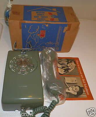 Bell System Western Electric 554 A/B Rotary Dial Wall Telephone With OEM box