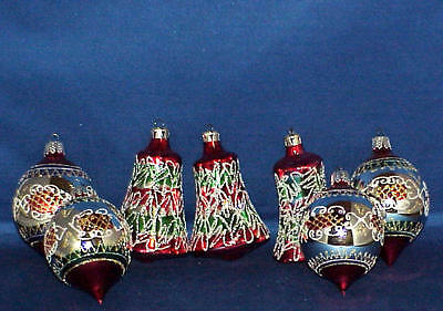 LOT OF 7  HAND DECORATED GLASS BELL, TEAR DROP  CHRISTMAS ORNAMENTS MUST SEE
