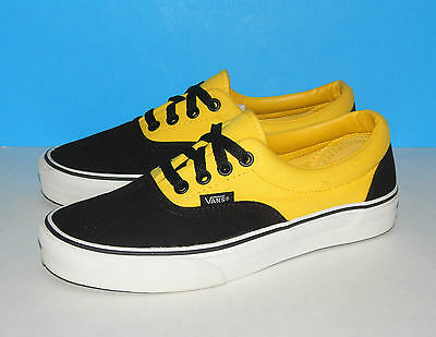 VANS Two-Tone OFF THE WALL Sneakers (Men's Size 6)