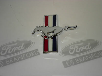 New! Ford Mustang Gt W / Boss Package Front Grill Emblem Pony 8R3Z-16228-A