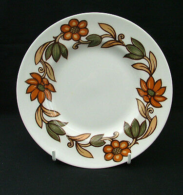 Susie Cooper Art Nouveau C2071 Brown side plates