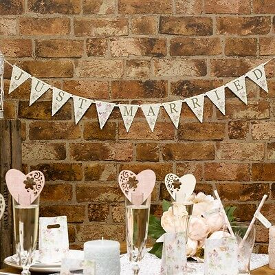 """""""Just Married"""" Bunting """"With Love"""" - Wedding and Party accessories - NEW"""