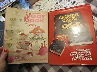Lot of 2 vintage cake decorating books - Year Book by Wilton Creative Cakes FOL