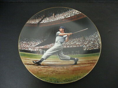 "Joe DiMaggio ""The Streak"" Commemorative Collectible Plate The Bradford Exchange"