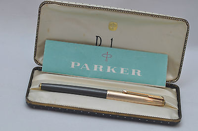 Lovely Vintage Parker Number 61 Fountain Pen - Grey With 1/10 R Gold Cap - Boxed
