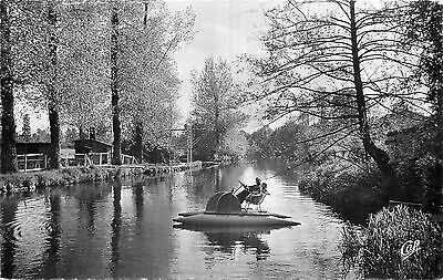 79 Parthenay Le Thouet - Pedalo