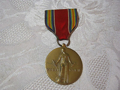 WWII U.S.  MILITARY VICTORY MEDAL w/ RIBBON   T*