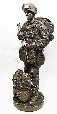 Military War Soldier Modern Paratrooper Equipped With Rifle Figurine Airstrike