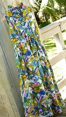 AMAZING VINTAGE 1950's - 60's Floral Print Pinup Ruffled V-Neck Garden Dress S M