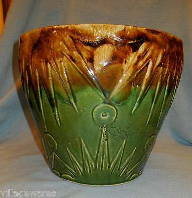 RRPCO Roseville Ohio Large Jardiniere in Sun and Moon Pattern in Green and Brown