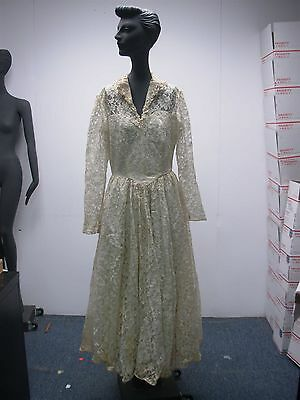 GORGEOUS VINTAGE 1940s IVORY LACE WEDDING GOWN DRESS w SEQUIN COLLAR ~SO PRETTY!
