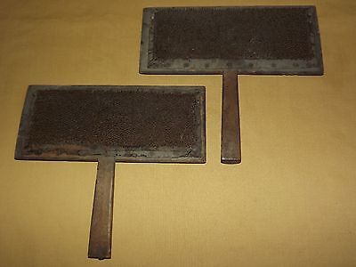 Vintage Old Farm Animals Pair Of Sheep Wool Carding Brushes Paddles Combs