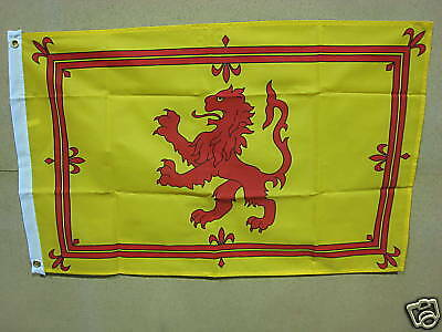 NEW 2 x 3ft x 2ft Quality Material Flags Scottish / Scotland Lion Free P & P
