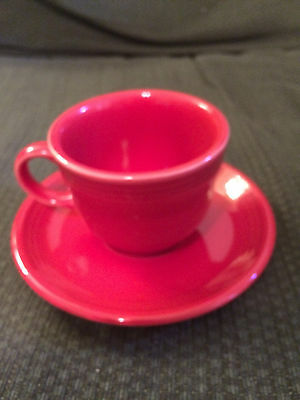 VINTAGE HOMER LAUGHLIN FIESTA BRIGHT RED COFFEE TEA CUP & SAUCER PLATE SET