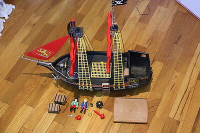 playmobil 4424 piratenkaperschiff piratenschiff mit. Black Bedroom Furniture Sets. Home Design Ideas