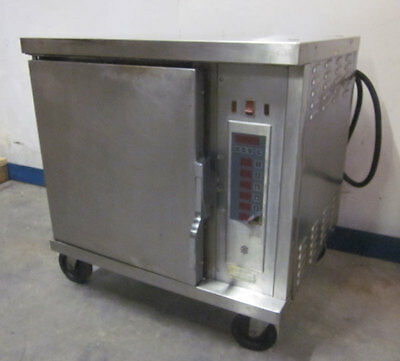 """Wells M4200-3S 3-Ph 208V Vented Convection Oven Cavity=14""""W x 21""""D x 20""""H"""
