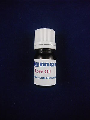 Love Oil 5ml - Magickal Oil - Powerful Formula to Draw Romantic Love To You