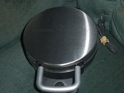 Disney Mickey Mouse Classic Waffle Maker Stainless Steel Non Stick DCM-1  VGC