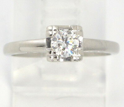 14k White Gold VS Round Diamond Antique Solitaire Engagement Ring .33ct