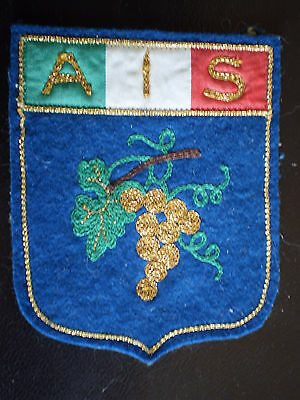 "VINOS CREST "" STEMMA A.I.S. ASSOCIAZIONE ITALIANA SOMMELIERS panno cm. 7,5 X 9,5"
