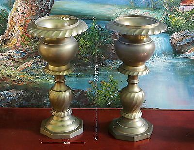 UK  two vintage brass vases H cm 27 ( ID 00A)