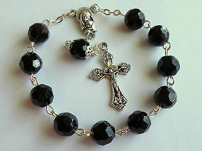 BLACK CRYSTAL GLASS BEADS ✫One Decade Pocket ROSARY Madonna/Child Centre