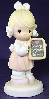 Precious Moments SHARING BEGINS IN THE HEART 1988 #520861 Girl Holding Slate