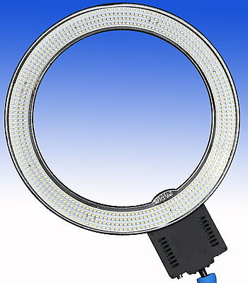 Dimmbare LED Ringleuchte Ringlight CN-R640 mit 640 LEDs - 8500 Lux - 48cm groß