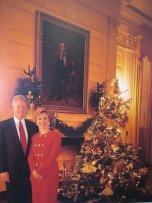 Hillary Clinton Christmas.8x10 Photo Bill Hillary Clinton Standing In Front Of