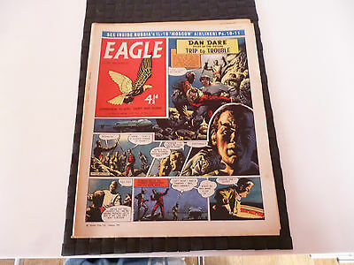 Eagle Comic 19 December 1959  Il-18 Moscow Turboprop Airliner Cutaway *read*