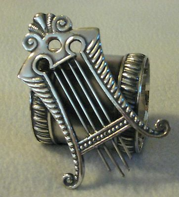 ANTIQUE VICTORIAN SILVERPLATE FIGURAL LYRE HARP or SPANISH COMB NAPKING RING