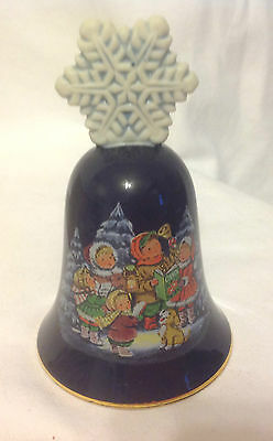 Avon Ceramic Christmas Bell 1987 Cobalt Blue Gold Trim Snowflake Child Choir
