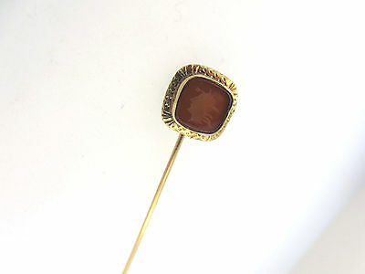 ESTATE ART DECO 10k YELLOW GOLD CARVED CARNELIAN ROMAN SOLDIER SIGNET STICK PIN