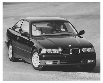 1992 BMW 325i Coupe Automobile Photo Poster zch8742