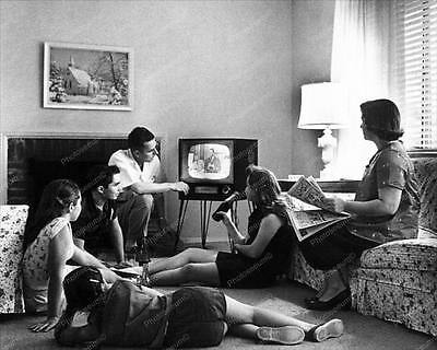 Vintage 1950s Televison Set With Family 8x10 Reprint Of Old Photo