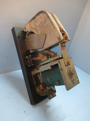 General Electric DC Contactor IC2800 Y103A2  600 Amp 600V GE IC2800Y103A2 250VDC