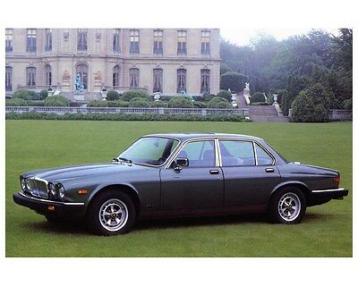 1984 Jaguar XJ6 & Vanden Plas Automobile Photo Poster zca3044