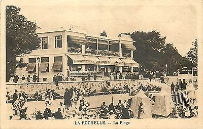 17 Le Rochelle Plage Animee