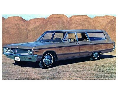 1968 Chrysler Town & Country Station Wagon Photo Poster zca3431