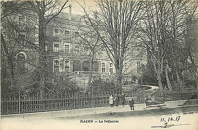 71 Macon Prefecture Enfants