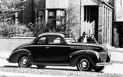 1939 Ford V8 Coupe Automobile Photo Poster zc3644