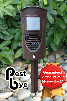 Pestbye Advanced Ultra Sonic Fox Dog Deterrent Scarer Repeller Repellent Foxes