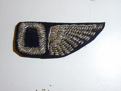 b8013 WW 1 US Army Observer Half Wing  bullion black wool